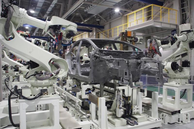 川重、中国でライン構築拡充 車体組み立てロボを現地生産