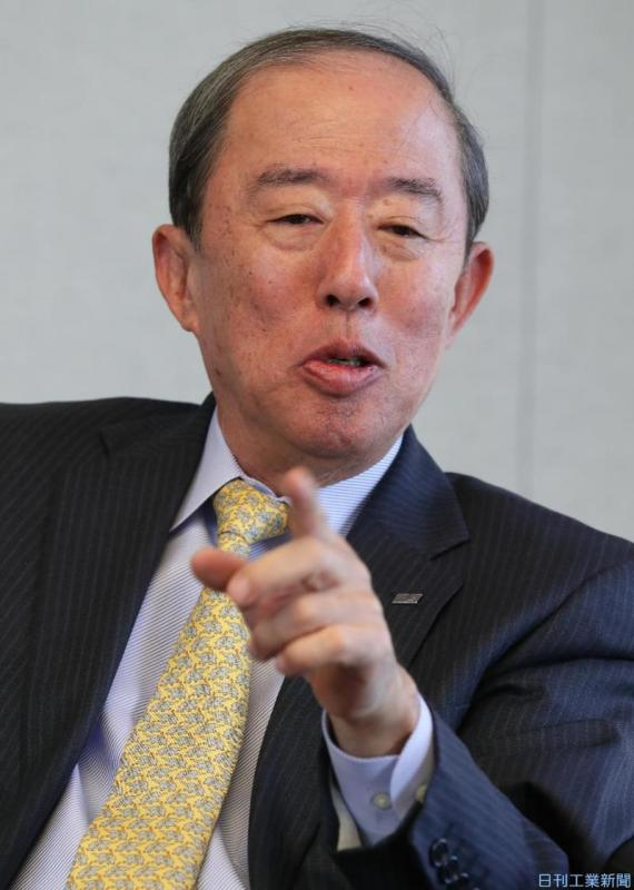 オリックス、「持ち株会社制」検討 井上社長「3年内に道筋つけ退任」